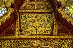 Thailändischer Tempel Wat Muen Ngoen Kong in der alten ummauerten Stadt von Chiang Mai, Thailand lizenzfreies stockfoto