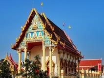 Thailändischer Tempel Wat Salee Kopitaram im ruhigen Umgeben stockbild
