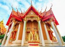 Thailändischer Tempel, Wat Tham Suea, Kanchanaburi, Thailand Stockfotografie