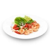 Thailändischer traditioneller Salat mit roya Garnelen. Stockbilder