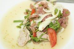 Thailändischer Yum Mooyor- und Schweinefleischsalat Stockbild
