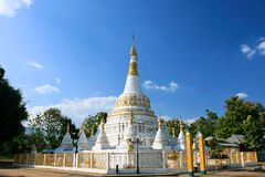 Thailändisches Lanna redete stupa an lizenzfreie stockfotografie