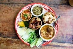 Thailändisches Lebensmittel der Traditions-Nordmischung Stockfotos