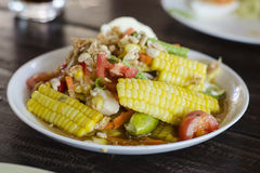 Thailändisches Lebensmittel, Feldsalat mit gesalzenem Lizenzfreie Stockfotos