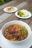 Thailändisches Lebensmittel, Kanom Jeen Nam Ya Lizenzfreies Stockbild
