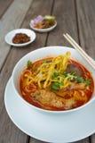 Thailändisches Lebensmittel, Kao Soi Kai Stockbilder