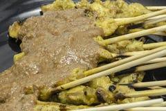 Thailändisches Lebensmittelschweinefleisch satay Lizenzfreies Stockfoto