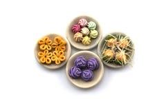 Thailändisches Süßspeise-Modell auf dem weißen Hintergrund Stockbild