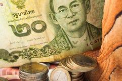 Thailändsk baht Bill Coins för pengar Arkivbild