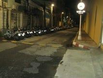 Thailändsk bakgata för gataljus Royaltyfri Bild