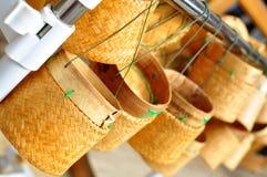 Thailändsk behållare för klibbiga ris för Laos bambu Arkivbilder