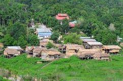 Thailändsk by för gammal stil arkivbilder