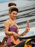 Thailändsk flicka med den nordliga stilklänningen Royaltyfri Bild