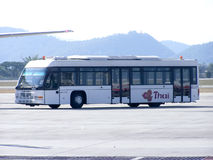 Thailändsk flygbolagbuss Royaltyfri Bild