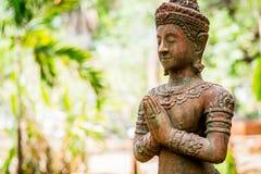 Thailändsk forntida ängelhandling som att betala respekt eller sawasdee Royaltyfri Bild
