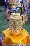 Thailändsk forntida mässingskokkärl. Arkivbilder