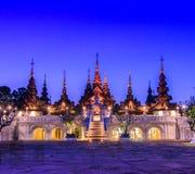Thailändsk forntida stilbyggnad Fotografering för Bildbyråer