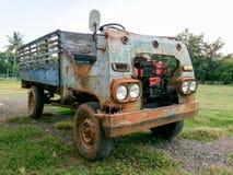 Thailändsk gammal lastbil Arkivfoton