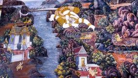 Thailändsk gammal stilmålningkonst & x28; 1931& x29; av den Ramayana berättelsen på tempelväggen av berömda Wat Phra Kaew i Bangk Arkivfoto