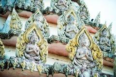 Thailändsk garnering i tempel Royaltyfri Bild