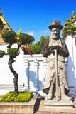 Thailändsk jätte- skulptur royaltyfri bild