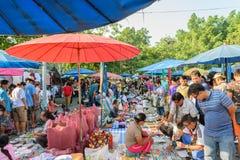 Thailändsk kläder shoppar Royaltyfri Bild