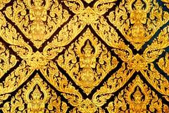 Thailändsk klassisk målning på väggen av tempelet Royaltyfria Foton