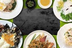 Thailändsk kokkonst är en av de populäraste kokkonsterna i världen Royaltyfri Bild