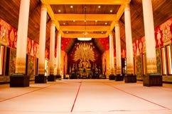 Thailändsk konst i buddistiskt ställe Arkivfoton