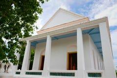 Thailändsk konstarkitektur i Wat Aranyikawat, Ratchaburi, Thailand Fotografering för Bildbyråer