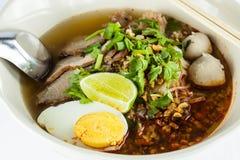 Thailändsk kryddig nudel Arkivfoto