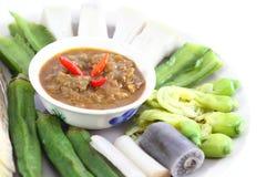 Thailändsk kryddig sås med grönsaker Arkivbilder