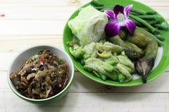 Thailändsk lokal mat Arkivbilder