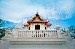 Thailändsk lokal tempel Arkivfoto