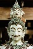 Thailändsk manlig vinkelframsida Royaltyfria Bilder