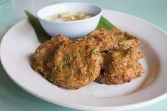 Thailändsk mat, kryddig fiskkaka Royaltyfri Bild