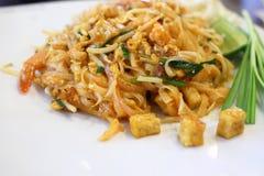 Thailändsk mat, vadderar thai Arkivfoton