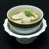 Thailändsk matmeny, tom yum gai Arkivbild