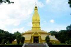 Thailändsk pagod på Wat Nong Pah Pong Arkivfoton