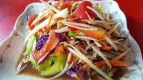 Thailändsk Papayasallad eller somtum som är thai med söt smak Arkivfoto