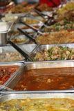 Thailändsk restaurangmat-själv service Royaltyfri Bild