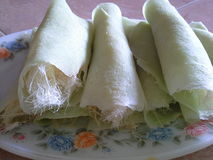 Thailändsk söt rollefterrätt Arkivfoton