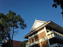 Thailändsk skolabyggnad Arkivfoton