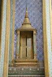 Thailändsk slottdörr Arkivfoton