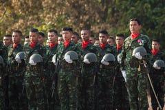 Thailändsk soldat i den kungliga thailändska beväpnade styrkadagen 2014 Royaltyfri Bild