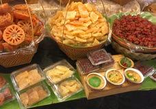 Thailändsk-stil torkade sötade frukter Arkivfoto