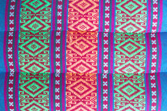 Thailändsk stilinfödingtextil Arkivfoto