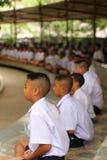 Thailändsk studentMeaning meditation Royaltyfria Foton