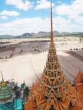 Thailändsk sua för tempelWat thum i Kanjanaburi Arkivfoto