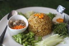 Thailändsk sydlig kryddig rissallad med grönsaker Arkivbild